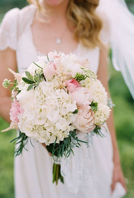 Best 25 Wedding Bouquets With Hydrangeas Ideas On