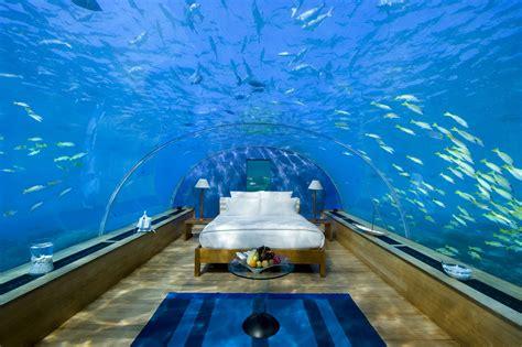 hotel debaixo d água bagagens prontas