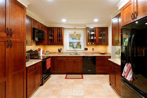 buy  wood kitchen cabinets cheap