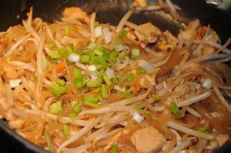 comment cuisiner des nouilles chinoises comment cuisiner nouille de riz