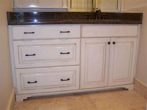 Distressed Bathroom Cabinets by Distressed Vanity Traditional Bathroom Vanities And