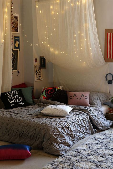 firefly string lights urban outfitters  beds