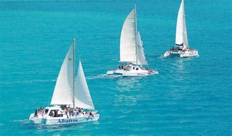Full Day Isla Mujeres Catamaran Sailing Adventure by Sail Away To Isla Mujeres Cancun Tour Departure
