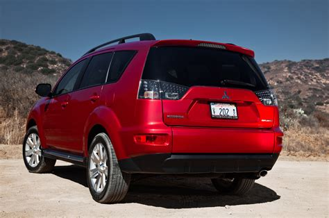 2013 mitsubishi outlander 2013 mitsubishi outlander reviews and rating motor trend