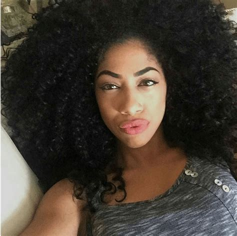natural curly hair  women hairstylo