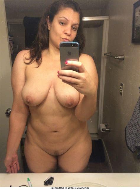 Verdammt heiße nackte Frau Nackte asiatische Selfie Milf