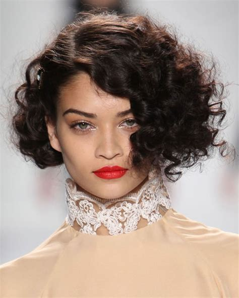 hair cut styles for curly hair 22 popular hairstyles for curly hair pixie bob 4191