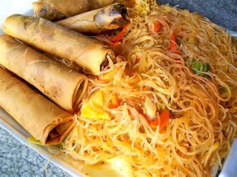 pancit and lumpia food asian cooking food recipes