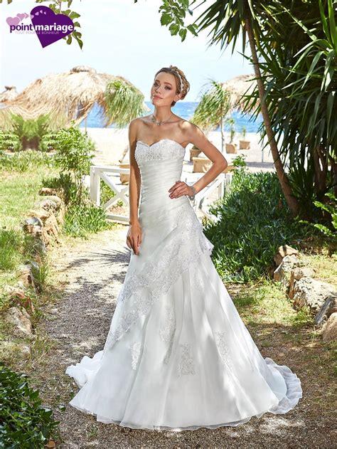 lace fit and flare dress robe de mariée calvi point mariage