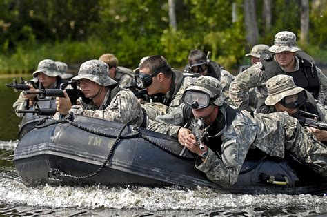 Zodiac Boat Training by Military Photos Zodiac Assault