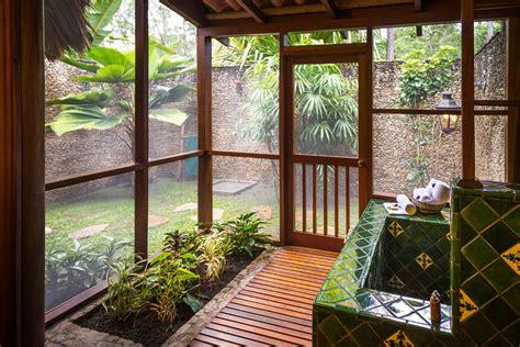 Cabanas in Belize, Luxury Cabañas at Blancaneaux Lodge