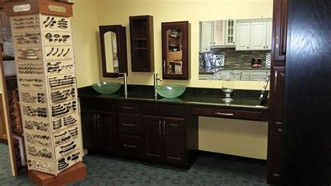 slab kitchen cabinets waypoint living spaces kingsley kitchens 2296