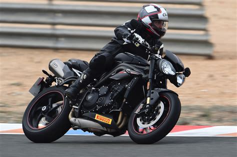 Review Triumph Speed by 2018 Triumph Speed Rs Review 16 Fast Facts