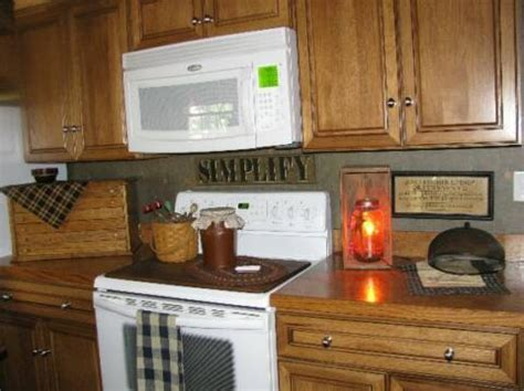 primitive kitchen backsplash ideas 78 best images about primitive kitchens on