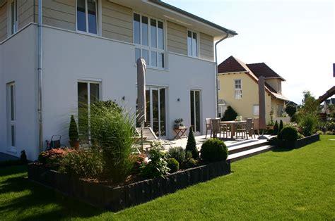 Garten Ebenen Gestalten by Immergr 220 N Und Modern Blum Scherer Gartendesign