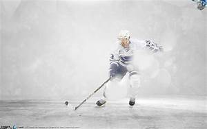 Hockey player Henrik Sedin on ice wallpapers and images ...