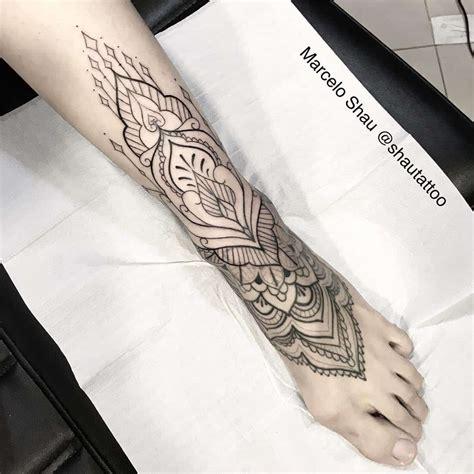 tatuaggi sul piede fiori tatuaggio sul piede tutto quello c 232 da sapere