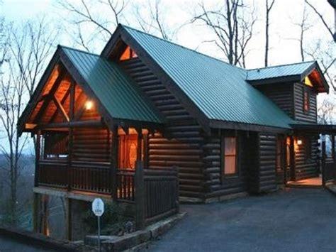log cabins in gatlinburg tranquility point gatlinburg 2br 2ba vrbo