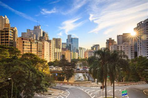 The Nice Guy's Guide to Meeting Women in Sao Paulo (Brazil)