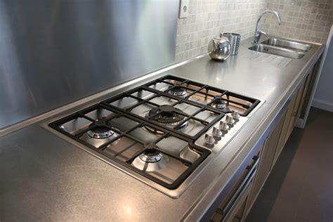 cuisine professionnelle pour particulier plan de travail inox pour cuisine