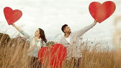 Couple Wallpapers Latest Romantic