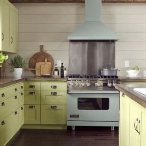 olive green kitchen cabinets the secret to southern charm design chic design chic 3668