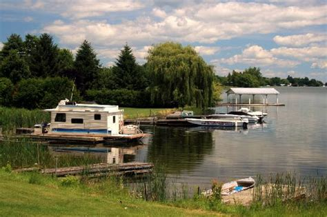 Rockport Boat Rentals by Houseboat And Willow Picture Of Rockport Ontario