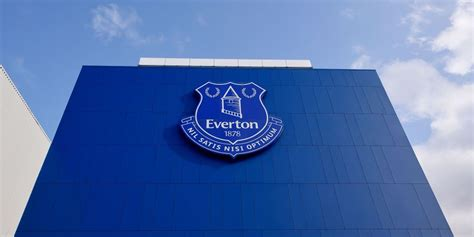 According to the united states census bureau, the city has a total area of 0.3 square miles (0.9 km²), all of it land. Match Centre   Everton Football Club