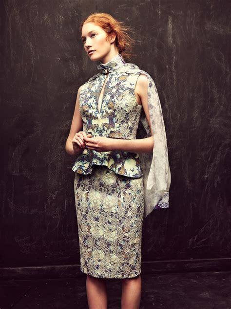 comment porter la jupe crayon mode personnel le le mode d isabelle l express