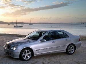 Mercedes C220 Cdi 2002 : 2004 mercedes benz c 220 cdi w 203 specifications carbon dioxide emissions fuel economy ~ Medecine-chirurgie-esthetiques.com Avis de Voitures