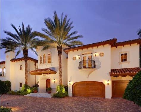 25+ Best Ideas About Mediterranean House Exterior On