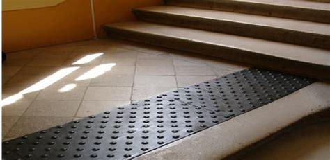 traitement d un escalier pour l accessibilit 233 des b 226 timents et erp eo guidage
