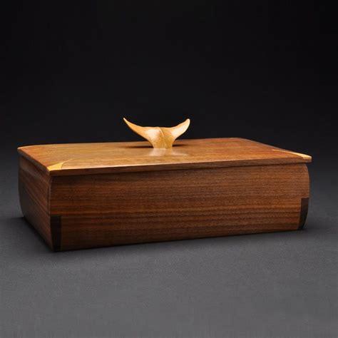 handmade sold walnut whale tail jewelry box   coors