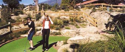 mini golf bureau golf in tasmania