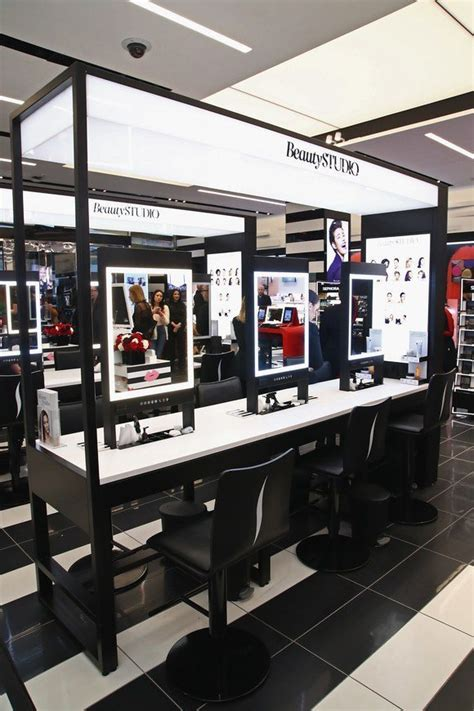 siege de sephora sephora installe à york plus grand magasin