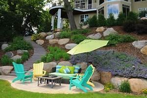 amenager son jardin en pente conseils pratiques et photos With sculpture moderne pour jardin 3 comment amenager son jardin pour un exterieur moderne
