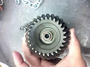 Bravo 3 Chipped Upper Input Shaft Gear