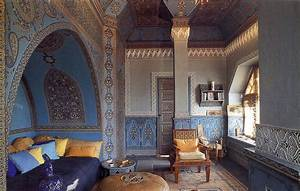 The moroccan interior design style and islamic for Moorish interior design