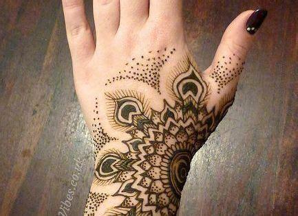 henna tattoo designs   long  henna tattoos