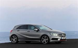 Mercedes Classe A 2014 : 2013 mercedes benz a class first look motor trend ~ Medecine-chirurgie-esthetiques.com Avis de Voitures