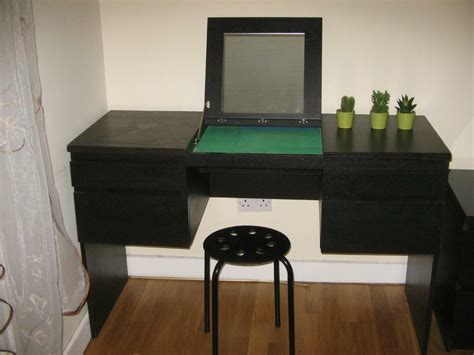 Schminktisch Stuhl Ikea by Ikea Dressing Table With Mirror And Buy Sale And Trade Ads