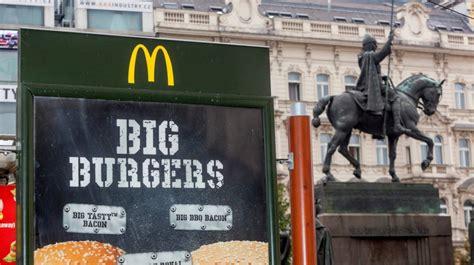Pro ženy > vip > rozhovory > fotograf tomáš třeštík: Obézní lidé smutní: McDonald's bude opět zdražovat, může ...