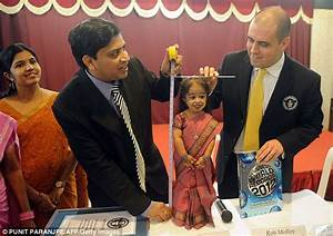 Jyoti Amge: World's smallest woman becomes election ...