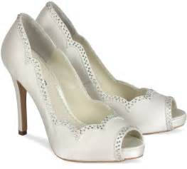 bridesmaids shoes a review of ivory benjamin betty bridal shoes trend setter