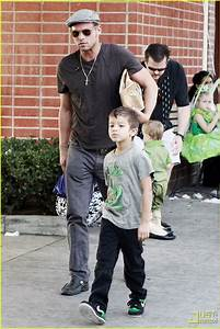 Justin Chambers Takes His Kids Out for A Spin: Photo ...