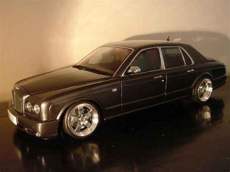 bentley arnage   minichamps diecast model car
