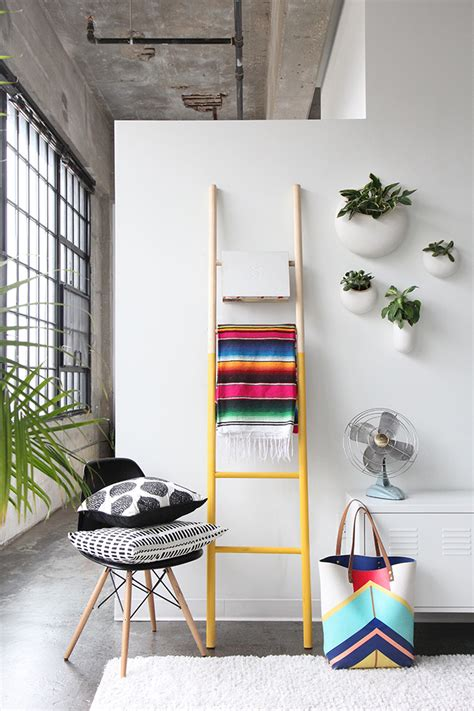 diy ways to level up your small bedroom 15 diy ways to level up your small bedroom 15   wooden ladder diy