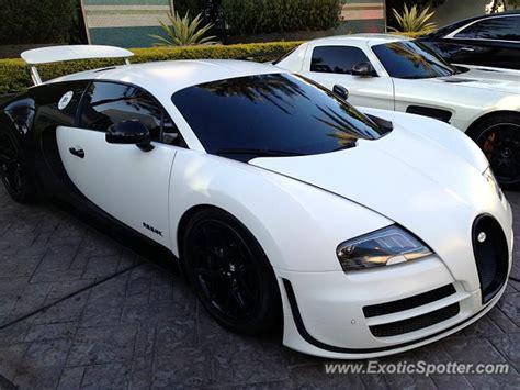 Bugatti In Miami by Bugatti Veyron Spotted In Miami Florida On 10 22 2013