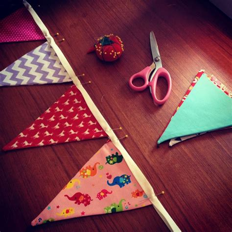 Baby Bunting How to sew your own pennant flag garland