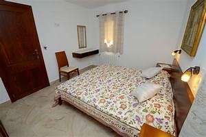 Kleiderschrank Mit Fernseher : schlafzimmer 3 im ferienhaus kaktusfinca in cala ratjada auf mallorca ~ Sanjose-hotels-ca.com Haus und Dekorationen